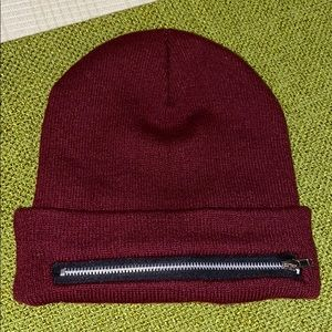 NWOT Men's Burgundy Colored Beanie Hat